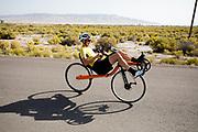 Iris Slappendel rijdt op een ligfiets. In Battle Mountain, Nevada, oefent het team op een weggetje. Het Human Power Team Delft en Amsterdam, dat bestaat uit studenten van de TU Delft en de VU Amsterdam, is in Amerika om tijdens de World Human Powered Speed Challenge in Nevada een poging te doen het wereldrecord snelfietsen voor vrouwen te verbreken met de VeloX 7, een gestroomlijnde ligfiets. Het record is met 121,44 km/h sinds 2009 in handen van de Francaise Barbara Buatois. De Canadees Todd Reichert is de snelste man met 144,17 km/h sinds 2016.<br /> <br /> With the VeloX 7, a special recumbent bike, the Human Power Team Delft and Amsterdam, consisting of students of the TU Delft and the VU Amsterdam, wants to set a new woman's world record cycling in September at the World Human Powered Speed Challenge in Nevada. The current speed record is 121,44 km/h, set in 2009 by Barbara Buatois. The fastest man is Todd Reichert with 144,17 km/h.
