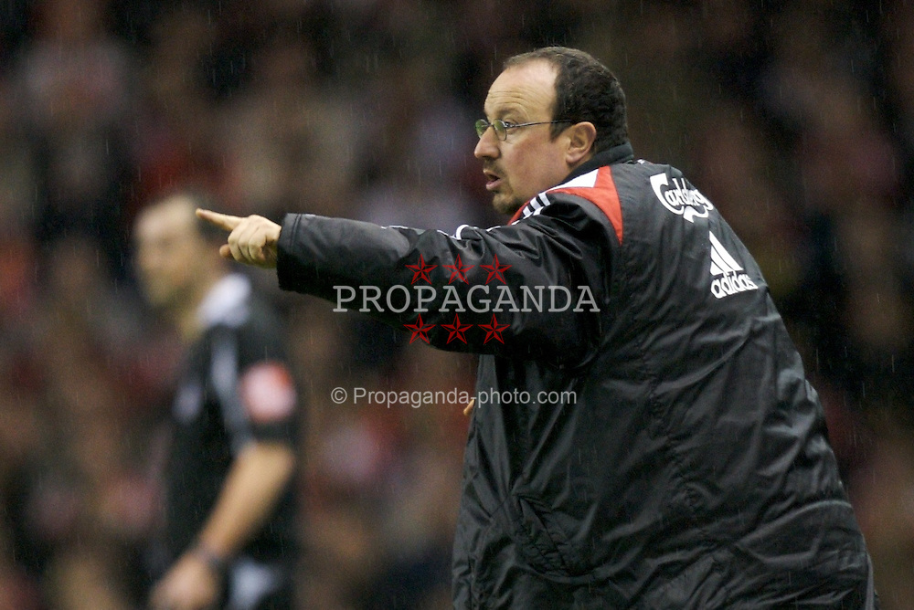 LIVERPOOL, ENGLAND - Tuesday, January 15, 2008: Liverpool's manager Rafael Benitez during the FA Cup 3rd Round Replay against Luton Town at Anfield. (Photo by David Rawcliffe/Propaganda)