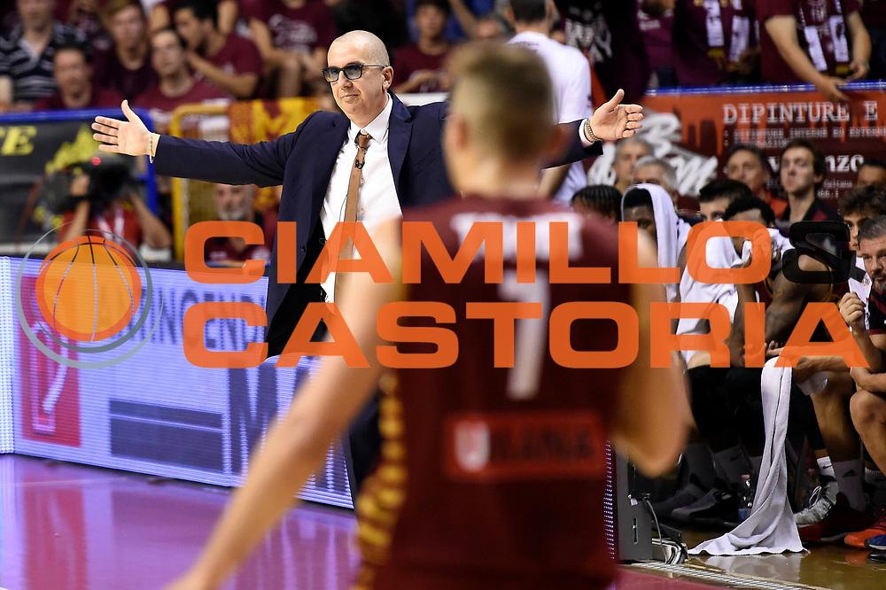 Walter De Raffaele<br /> Umana Reyer Venezia - Dolomiti Energia Aquila Basket Trento<br /> Lega Basket Serie A 2016/2017<br /> Playoff, finale gara 2<br /> Venezia, 12/06/2017<br /> Foto M.Ceretti / Ciamillo-Castoria