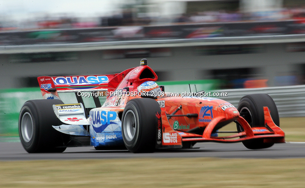 The Netherlands' Jeroen Bleekemolen in the Feature race.<br /> A1GP Race Day. Taupo Motorsport Park, Taupo, New Zealand. Sunday, 20 January 2008. Photo: Dave Lintott/PHOTOSPORT