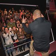 NLD/Amsterdam/20131129 - The Voice of Holland 2013, 3de show, Mitchell Bruining met zijn fans