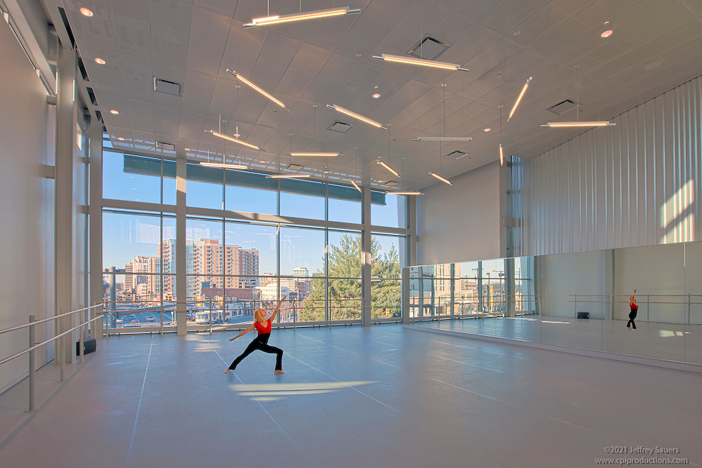 Dancer in studio at montgomery college by interior design for Porte arts and dance studio