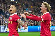 ARNHEM, Vitesse - PSV, voetbal Eredivisie, seizoen 2013-2014, 15-03-2014, Stadion de Gelredome, PSV speler Memphis Depay (L) heeft de 1-2 gescoord, PSV speler Oscar Hiljemark (R).