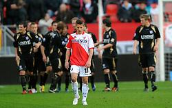 08-11-2009 VOETBAL: FC UTRECHT - HEERENVEEN: UTRECHT<br /> Utrecht verliest met 3-2 van Heerenveen / Teleurstelling bij Dries Mertens als Heerenveen op 3-0 komt<br /> ©2009-WWW.FOTOHOOGENDOORN.NL
