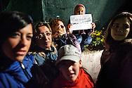 """Terzigno, Italia - 27 settembre 2010. Una bambina mantiene un foglio su cui è scritto """"No alla discarica sul Vesuvio"""" durante una delle notti di presidio degli abitanti di Terzigno che protestano contro l'apertura di una nuova discarica alle falde del Vesuvio..Ph. Roberto Salomone Ag. Controluce.ITALY - A child shows a paper on which it is written """"No to the dump on Mt. Vesuvius"""" on September 27, 2010. The citizens of Terzigno protest against the opening of a new dump on the slopes of Mt. Vesuvius."""