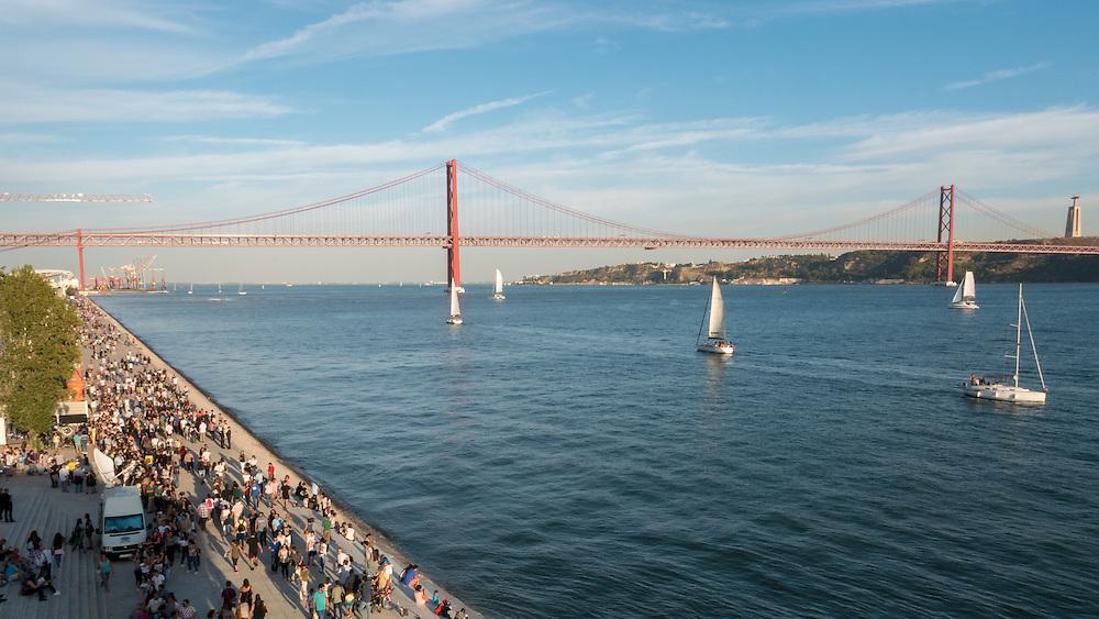 MAAT Museum, Lisbon. Museu de Arte, Arquitetura e Tecnologia é uma proposta cultural para a cidade de Lisboa.