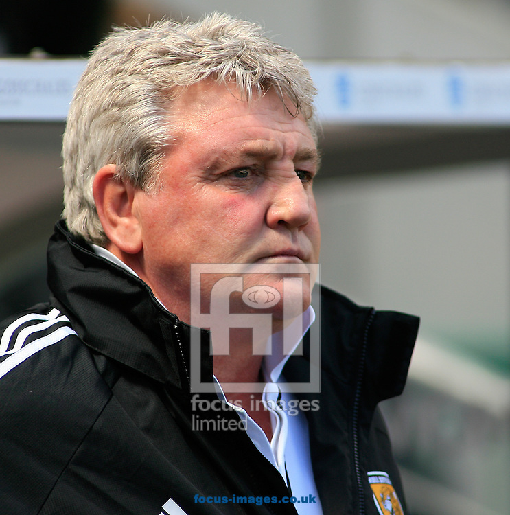 Picture by Richard Gould/Focus Images Ltd +44 7855 403186.04/05/2013.Steve Bruce manager  of Hull City during the npower Championship match at the KC Stadium, Kingston upon Hull.