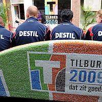 20050819 - MARK SCHENNING TRAINER WILLEM II