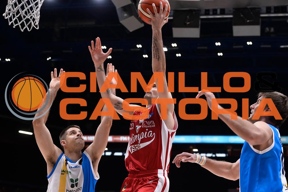 Andrea Cinciarini<br /> EA7 Emporio Armani Olimpia Milano - Betaland Orlandina Capo d Orlando<br /> Lega Basket Serie A 2016/2017<br /> Playoff Quarti di Finale Gara 2<br /> Foto Ciamillo - Castoria
