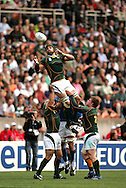 Paris, FRANCE - 9th September 2007, Victor Matfield claims the lineout ball during the Rugby World Cup, pool A, match between South Africa and Samoa held at Parc Des Princes Stadium in Paris, France...Photo by RG/Sportzpics.net