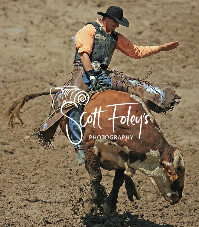 Bull Rider Charlie Ray-Allan Barker on 333 Jim Coker, 28 July 2007, Cheyenne Frontier Days