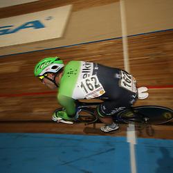 27-12-2014: Wielrennen: NK Baanwielrennen: Apeldoorn Barry Markus in actie tijdens de puntenkoers