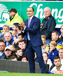Everton Manager, Roberto Martinez  - Mandatory byline: Matt McNulty/JMP - 07966386802 - 23/08/2015 - FOOTBALL - Goodison Park -Everton,England - Everton v Manchester City - Barclays Premier League