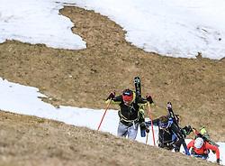 22.03.2018, Pichl-Preunegg bei Schladming, AUT, Red Bull Der lange Weg, Überquerung Alpenhauptkamm, längste Skitour der Welt, im Bild v. l. Philipp Reiter (GER), David Wallmann (AUT), Bernhard Hug (SUI) // during the Red Bull Der lange Weg, crossing of the main ridge of the Alps, longest ski tour of the world, in Pichl-Preunegg near Schladming, Austria on 2018/03/22. EXPA Pictures © 2018, PhotoCredit: EXPA/ Martin Huber