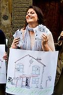 Roma 23 Maggio 2013.Manifestazione davanti alla sede del Partito Democratico  organizzata dal Coordinamento delle scuole di Roma e dal Coordinamento precari scuola Roma a sostegno del Referendum di Bologna del 26 Maggio prossimo contro i finanziameto alle scuole private e del rifinanziamento della scuola pubblica.