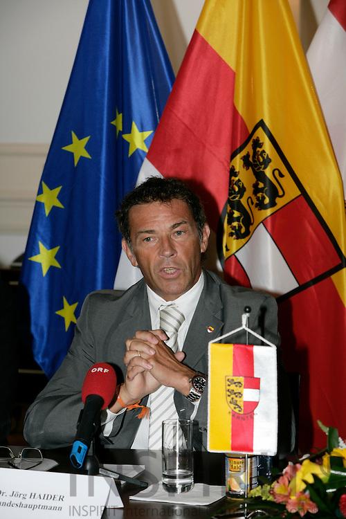 BRUSSELS - BELGIUM - 10 SEPTEMBER 2007 --Jorg (Jörg) HAIDER, Govenor of Carinthia, during a press conference. Photo: Erik Luntang