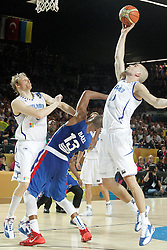 02.09.2014, City Arena, Bilbao, ESP, FIBA WM, Finnland vs Dominikanische Republik, im Bild Findlan's Kimmo Muurinen (l) and Tuukka Kotti (r) and Dominican Republic's Eulis Baez // during FIBA Basketball World Cup Spain 2014 match between Finland and Dominican Republic at the City Arena in Bilbao, Spain on 2014/09/02. EXPA Pictures © 2014, PhotoCredit: EXPA/ Alterphotos/ Acero<br /> <br /> *****ATTENTION - OUT of ESP, SUI*****