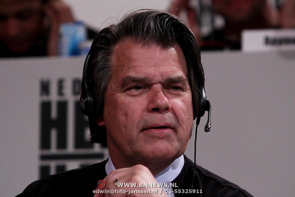 NLD/Hilversum/20100121 - Benefietactie voor het door een aardbeving getroffen Haiti, Emile ratelband