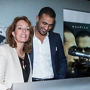 NLD/Amsterdam/20140422 - Boekpresentatie Badr Hari, Badr en directeur uitgeverij