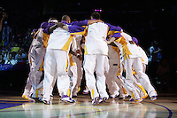 27 March 2005: The Los Angeles Lakers warm up before playing the Philadelphia 76ers at the STAPLES Center in Los Angeles, CA
