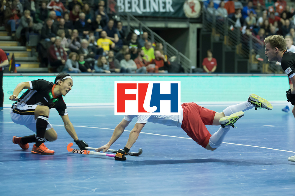 Hockey, Seizoen 2017-2018, 08-02-2018, Berlijn,  Max-Schmelling Halle, WK Zaalhockey 2018 MEN, Poland - Germany 3-6, flying goal WEIDE Philipp (POL).