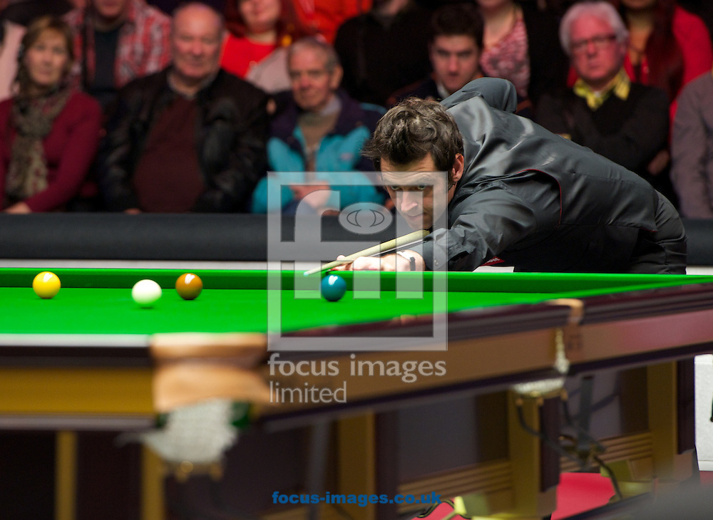 Picture by Alan Stanford/Focus Images Ltd +44 7915 056117<br /> 17/01/2014<br />  Ronnie O'Sullivan at the table during the The Masters quarter final at Alexandra Palace, London.