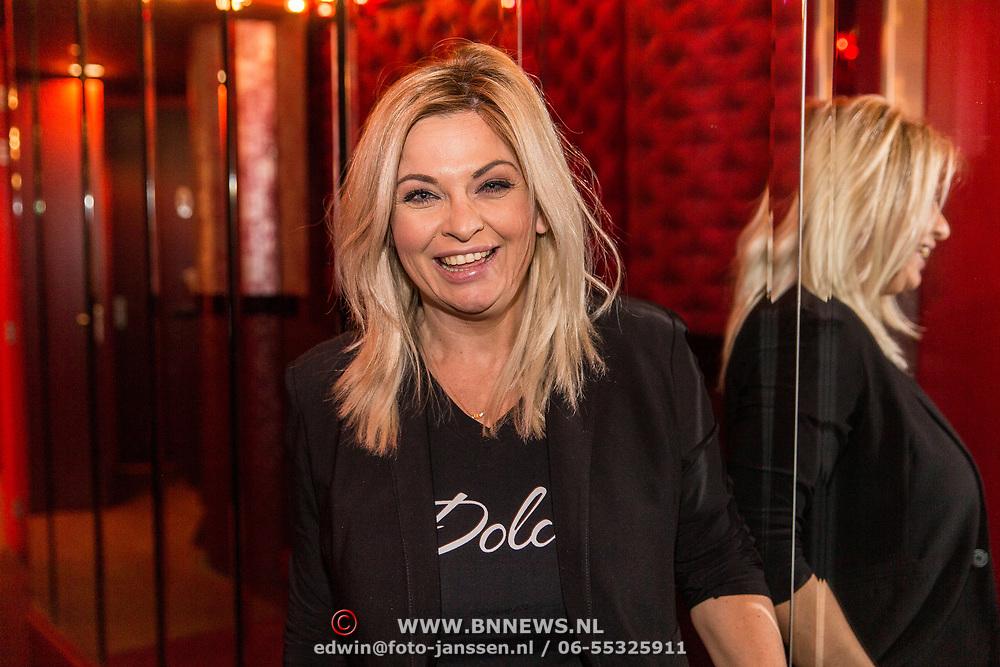 NLD/Rijswijk/20191119 - Boekpresentatie Raymond van Barneveld - Game Over, Bobbi Eden