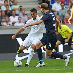 27.07.2011, Olympiastadion Berlin, GER, 1.FBL, Testspiel, Hertha BSC Berlin vs Real Madrid im Bild  Dristiano Ronaldo (Real Madrid #7) und Roman Hubnik (Hertha BSC Berlin #4)  EXPA Pictures © 2011, PhotoCredit: EXPA/ nph/  Hammes       ****** out of GER / CRO  / BEL ******