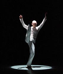 Melt. Phoenix Dance Theatre, The Linbury Studio Theatre, Royal Opera House London, Great Britain, October 25, 2012. Photo by Elliot Franks / i-Images.