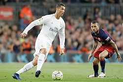 02.04.2016, Camp Nou, Barcelona, ESP, Primera Division, FC Barcelona vs Real Madrid, 31. Runde, im Bild FC Barcelona's Dani Alves (r) and Real Madrid's Cristiano Ronaldo // during the Spanish Primera Division 31th round match between Athletic Club and Real Madrid at the Camp Nou in Barcelona, Spain on 2016/04/02. EXPA Pictures © 2016, PhotoCredit: EXPA/ Alterphotos/ Acero<br /> <br /> *****ATTENTION - OUT of ESP, SUI*****