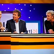 NLD/Hilversum/20100819 - RTL perspresentatie 2010, Wendy van Dijk, Robert ten Brink en Erland Galjaard