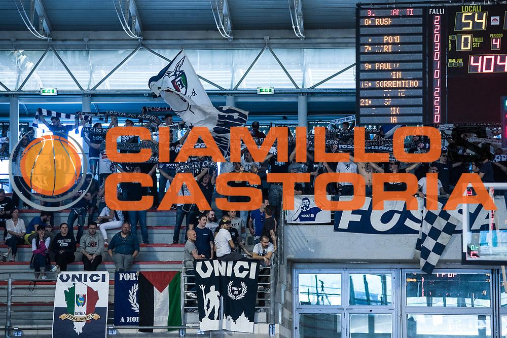 Tifosi Bologna<br /> U.S. Basket Recanati - Kontatto Fortitudo Basket Bologna<br /> Lega Nazionale Pallacanestro 2016/2017<br /> Recanati 09/04/2017<br /> Foto Ciamillo-Castoria