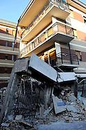 L'Aquila 6 Aprile 2009..Terremoto all'Aquila.La Casa dello Studente in via XX Settembre..Earthquake to the city of L'Aquila.The Student dormitory in street XX Settembre. .