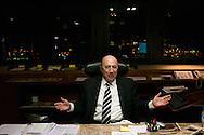 Brasilia, DF, Brasil, 19/06/2007, 19h09: O ministro Henrique Meirelles, presidente do Banco Central, em sua sala no Banco Central do Brasil.  foto:Caio Guatelli