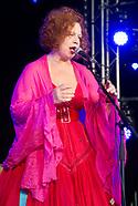 Sarah Jane Morris at Cornbury 2017