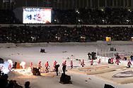 """5.2.2011, Olympiastadion, Helsinki..J??kiekon SM-liiga 2010-11. """"Talviklassikko"""" Jokerit - HIFK..HIFK tulee kaukaloon..©Juha Tamminen."""