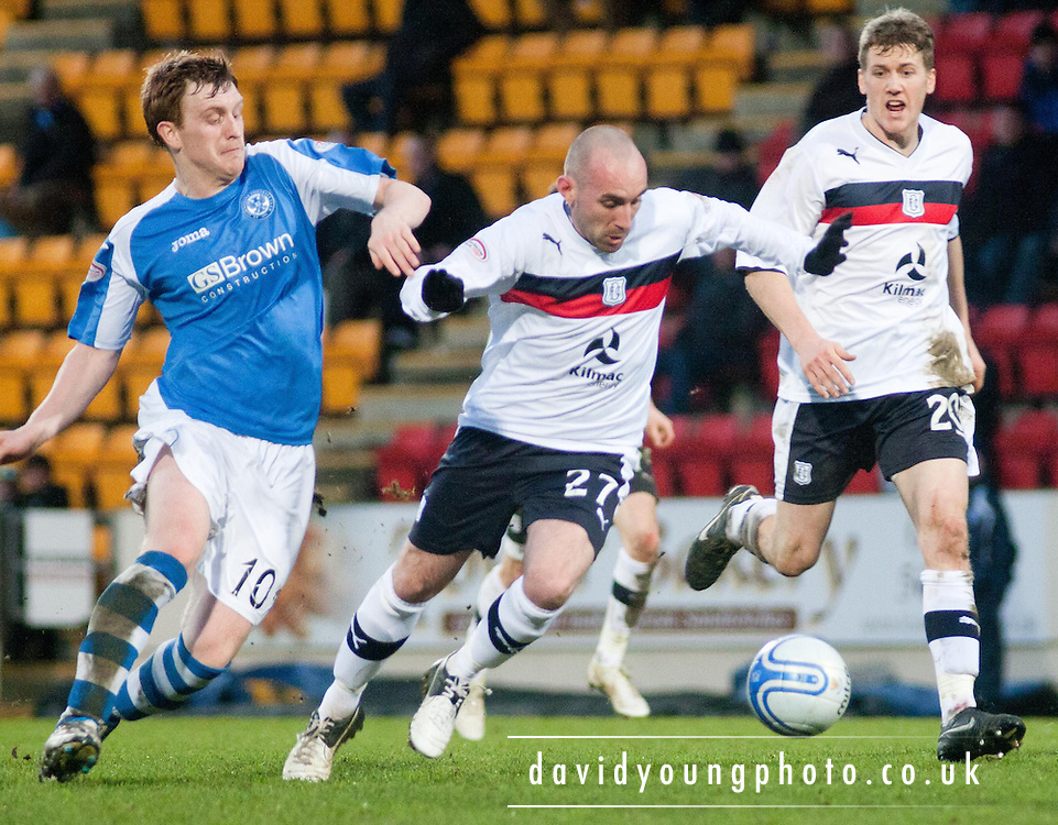 Dundee's Mark Stewart and St Johnstone's Liam Craig  - St Johnstone v Dundee, Clydesdale Bank Scottish Premier League at McDiarmid Park, Dundee.. - © David Young - www.davidyoungphoto.co.uk - email: davidyoungphoto@gmail.com