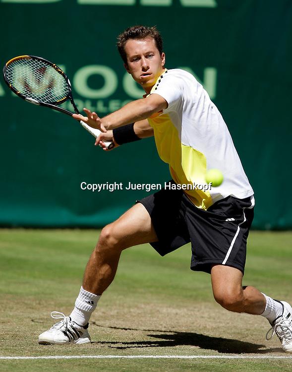 Gerry Weber Open 2009, Halle (Westf.), Tennis, ATP Turnier,..Philipp Kohlschreiber (GER),action,Vorhand,forehand..Foto: Juergen Hasenkopf..