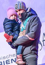 27.02.2018, Salzburg, AUT, PyeongChang 2018, ÖOC Medaillenfeier, im Bild Lukas Klapfer mit Tochter Valentina // during a ÖOC medal celebration Party after the Olympic Winter Games Pyeongchang 2018 in Salzburg, Austria on 2018/02/27. EXPA Pictures © 2018, PhotoCredit: EXPA/ JFK