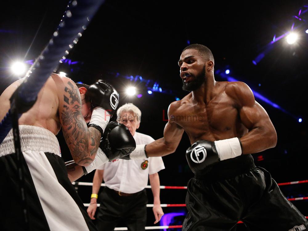 Combat Abraham Nova (centure noire) – Milan Savic   lors du Gala de boxe Round 5 qui s'est déroulé à Charleroi (Spiroudome) le 16/12/2017.