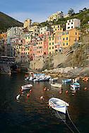 Boats in the bay of Riomaggiore, Cinque Terre, Liguria, Italian Riviera, Italy, Europe