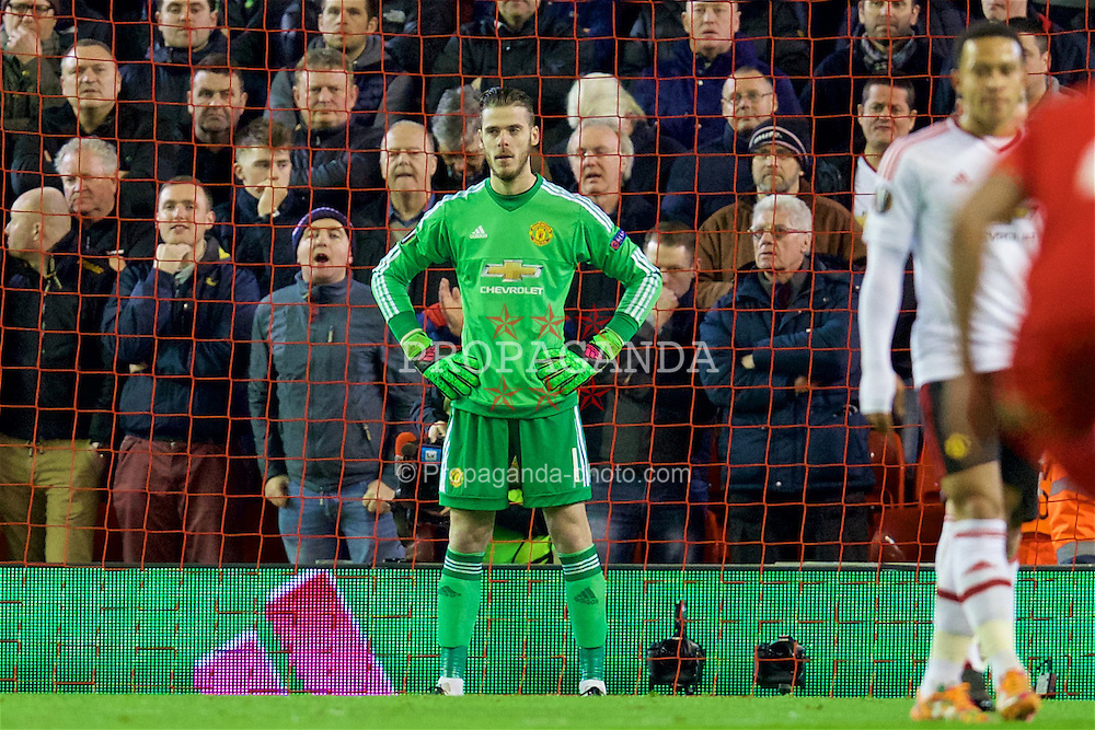LIVERPOOL, ENGLAND - Thursday, March 10, 2016: Manchester United's goalkeeper David de Gea prepares to face a penalty kick from Liverpool's Daniel Sturridge during the UEFA Europa League Round of 16 1st Leg match at Anfield. (Pic by David Rawcliffe/Propaganda)