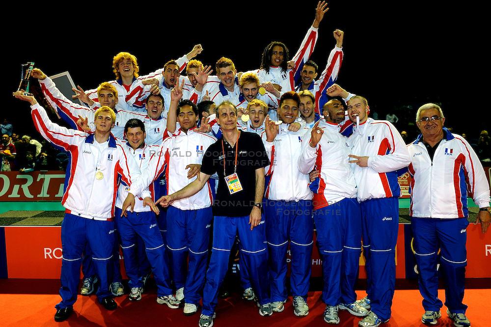 09-04-2009 VOLLEYBAL: EK JEUGD PRIJSUITREIKING: ROTTERDAM <br /> Frankrijk opnieuw Europees Kampioen Jeugd<br /> &copy;2009-WWW.FOTOHOOGENDOORN.NL