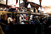 THE EFFRA PUB.38, Kellett Road, Brixton, SW2 1EB.Tube: Brixton.autentico locale jazz, un must per gli amanti del Jazz. (serate mar, mer,gio,sab,dom).EVENTI: JAZZ, SKA