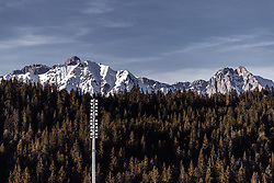 25.02.2019, Seefeld, AUT, FIS Weltmeisterschaften Ski Nordisch, Seefeld 2019, Skisprung, Damen, Training, im Bild Landschaft mit schneebedeckte Berge // Landscape with snowy Mountains during the training for the ladie's Skijumping HS109 competition of FIS Nordic Ski World Championships 2019. Seefeld, Austria on 2019/02/25. EXPA Pictures © 2019, PhotoCredit: EXPA/ JFK