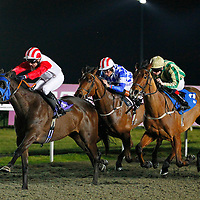 Scary Movie and Eddie Ahern winning the 6.30 race