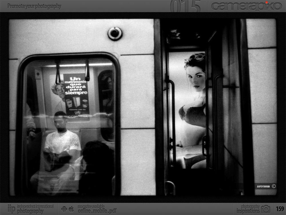 Publicaci&oacute;n DAILY VENEZUELA en Camerapixo N&ordm; 15<br /> <br /> Photography by Aaron Sosa