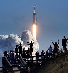 Space X launch 6 Feb 2018