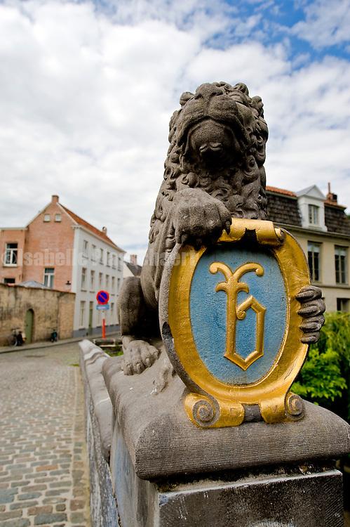 Lion on the Lion bridge in Bruges