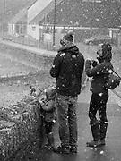 Newquay, Cornwall, UK. 6th February, 2018. Unusually heavy snow falls on the north coast od Cornwall. Snaowfall is heavy on Towan Beach.
